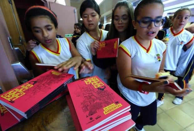 Mostra Escola durante a itinerância da 3ª Mostra Ecofalante de Cinema Amiental, em outubro de 2014