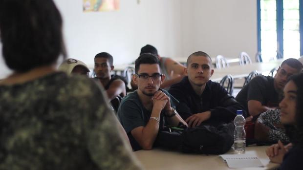 Debate realizado com calouros do campus Lagoa do Sino da Universidade Federal de São Carlos (UFSCar)